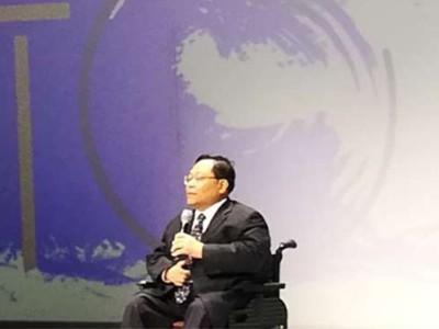 """""""非常美""""轮椅模特时装秀在北京服装学院精彩呈现"""