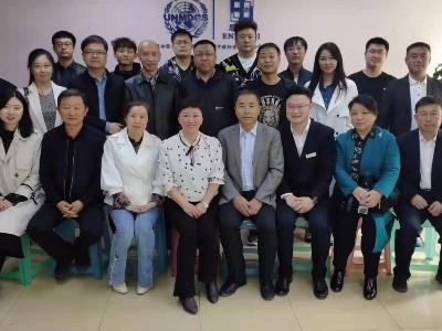 延边州多个市县的社保局领导来到「吉林省恩德莱爱心店」调研