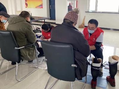 吉林省恩德莱爱心店走基层,上门为残障朋友提供服务