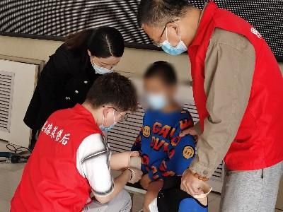 恩德莱北京公司助力张家口残疾人联合会假肢适配现场